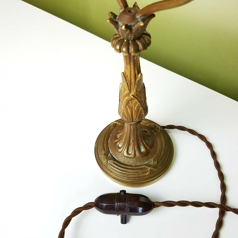 lampe de table la parisienne en bronze le havre vintage. Black Bedroom Furniture Sets. Home Design Ideas