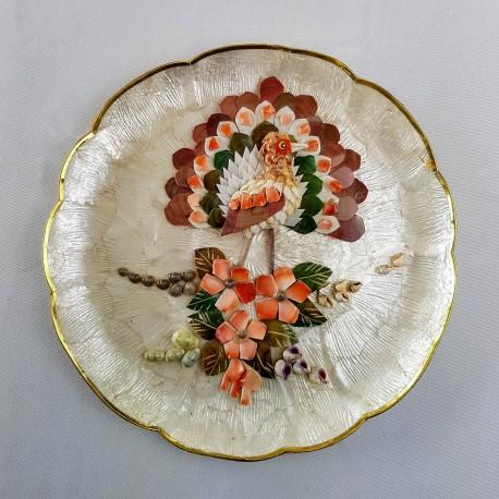 Assiette décorative Oiseau formé de nacre et coquillages So Kitsch