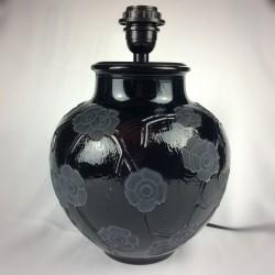 Pied de lampe en verre moulé motif floral de style Art Deco