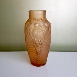 Vase Art déco motif Floral verre dépoli vieux rose Souchon Neuvesel
