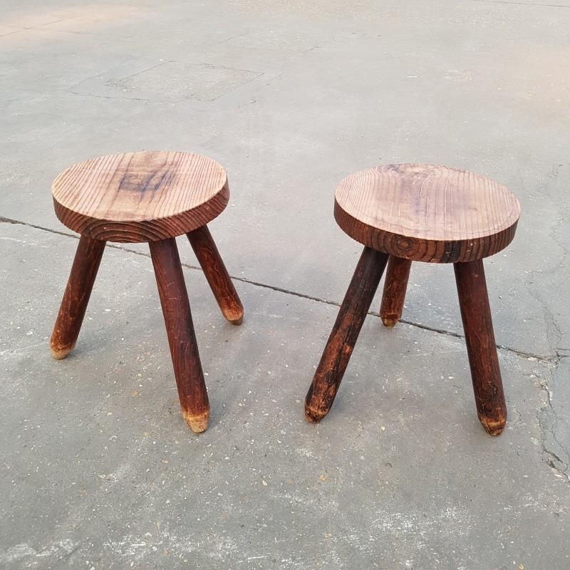 paire de tabourets tripodes bois massif. Black Bedroom Furniture Sets. Home Design Ideas