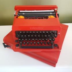 Machine à écrire Olivetti Valentine Ettore Sootsass 1969