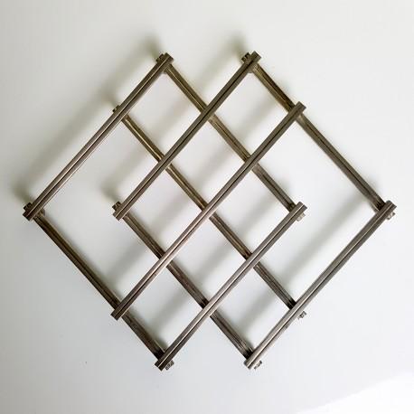 Dessous de plat extensible en m tal argent design jacques - Dessous de plat en metal ...