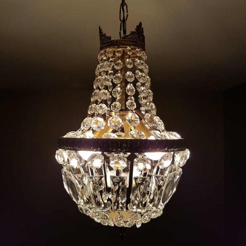 lustre montgolfiere pampilles de cristal. Black Bedroom Furniture Sets. Home Design Ideas