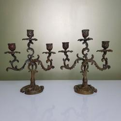 Paire de chandeliers ancien 3 feux en bronze style rocaille