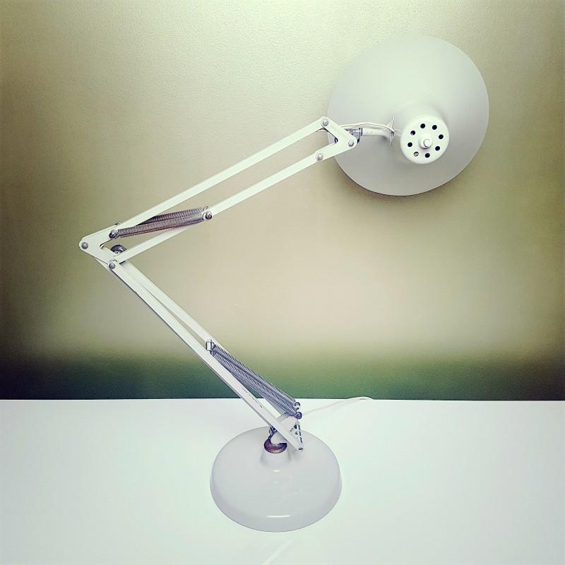 rare lampe d 39 architecte sur socle marque luxo design arne jacobsen. Black Bedroom Furniture Sets. Home Design Ideas