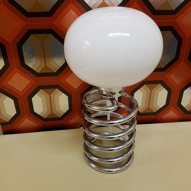 lampe ressort chrom et opaline ingo maurer. Black Bedroom Furniture Sets. Home Design Ideas