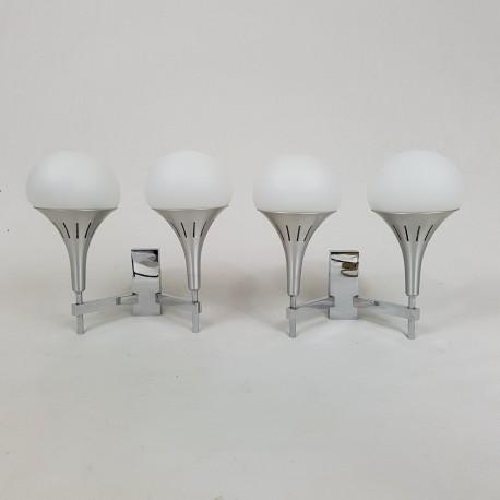 Paire appliques aluminium brossé chrome et opaline Gaetano Sciolari design 1970