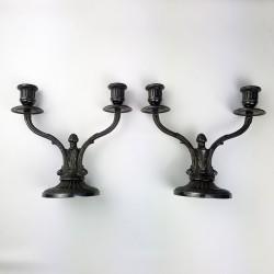 Paire de chandeliers anciens en métal argenté orfeverie Victor Saglier