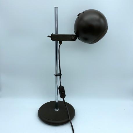 Lampe de bureau eye ball plastique marron et acier chromé