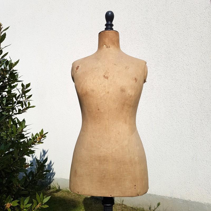 buste mannequin carton tissu ancien sur tr pied noir genre stockman le havre vintage. Black Bedroom Furniture Sets. Home Design Ideas